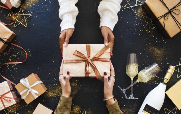Packaging e scatole per i regali aziendali di Natale: i nostri 5 consigli